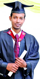 PALINDA PERERA A past pupil of D.S.Senanayake College Colombo,Born with an interest in Animals and Nature, having completed a Diploma in Bio Diversity Management at the Colombo University and spending 8 years in voluntary environmental education as a young Biologist, obtained a direct entry to the second year of the Degree programme. a recent graduate to obtain a class in BSc Hons Environmental Sciences is now preparing himself to follow the MPhil at the University of Greenwich, He states that he enjoyed his period of studies at the University and the  opportunity to meet and socialise with students from such a wide range of nationalities has been a tremendous experience. The tutors and academic staff are very friendly and supportive to students. Moreover, the fact that we had so many Sri Lankan students studying at the University made us feel so much at home. I would undoubtedly recommend the University for your Higher Studies as it is cost effective as well as qualitative.�