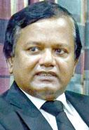 The two candidates Tirantha Walaliyadde P.C. and Upul Jayasuriya. Pix by Hasitha Kulasekera