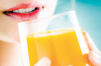 Women who drank fizzy drinks had a higher risk of diabetes than those who only consumed juice.