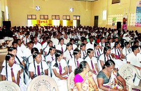 The third ET Workshop by Team ET adds value to students from Karandeniya and Elpitiya areas�