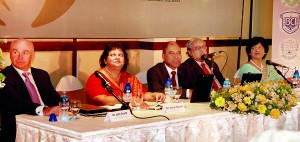 Members of the Head Table - Dr. John Scarth, Mrs. Kumari Hapugalle Perera, Dr. Harsha Alles, Dr. Frank Jayasinghe, Mrs. Priyanthi Seneviratne