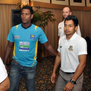 Would Mathews miss the bus to captain his first Test. The picture shows Angelo Mathews and the Bangladesh captain Mushfiqur Rahim at the icebreaking press briefing.   - Pic by Amila Gamage