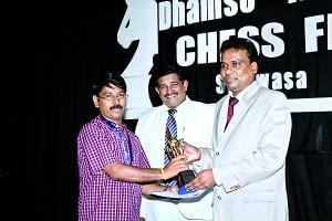 K.N. Gopal receiving his award