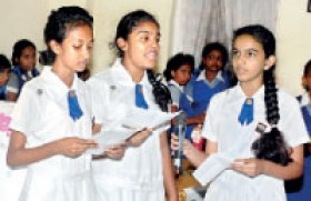 Colombo District Girl Guides celebrate World Thinking Day 2013