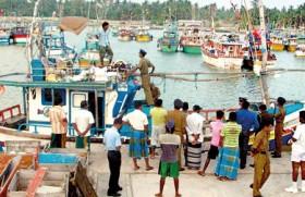 Policeman among 11 asylum seekers caught off Matara coast