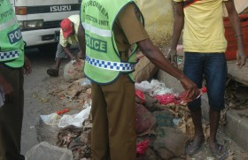 Environmental Police cracks down on rotten food sales