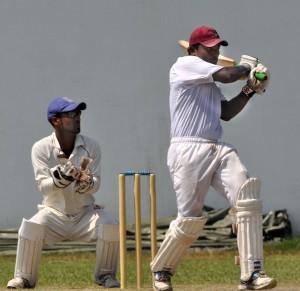 Tamil Union's Denuwan Rajakaruna pulls. - Pic by Ranjith Perera