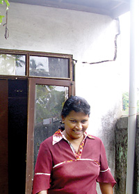 Nilanka Heenatimulla's house where the walls have cracked and are in  danger of caving in