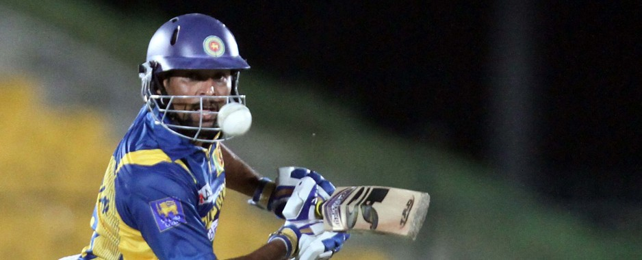 Dilshan guides Sri Lanka to emphatic win