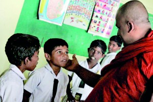 Ven. Chandakitti Thera meets young students  on his recent visit to Jaffna