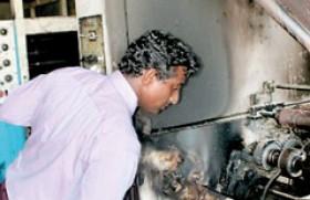 Govt. downplays damage, denies involvement   Attack on Uthayan newspaper