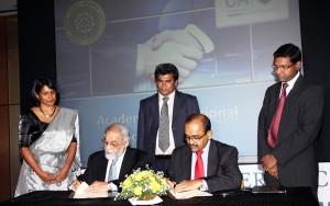 The MoU being signed by CA Sri Lanka President Mr. Sujeewa Rajapakse and Vice Chancellor of the Kelaniya University Prof. Sarath Amunugama.