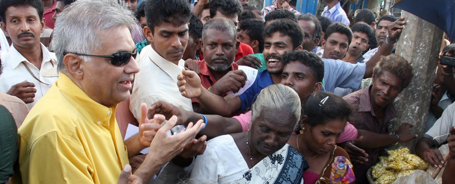 Govt. should discuss resettlement, land issues with NPC members after poll: Ranil in Jaffna