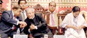 President Pranab Mukherjee, Chief Justice of India Altamas Kabir and West Bengal Chief Minister Mamata Banerjee at the sesquicentennial celebrations of the Calcutta High Court on Sunday. Photo: Sushanta Patronobish/the Hindu