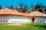 Weligama Podda tours his native South as a global citizen