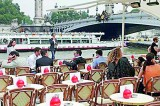 Paris tackles rudeness to tourists in new manual