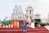 Trinco's  hot wells, forts, beaches, Koneswaram Kovil and dosa