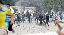 Dozens killed as clashes erupt at Morsi rally in Cairo