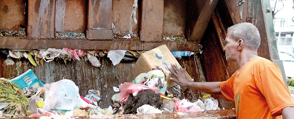 Garbage collection waste deep in management and disposal