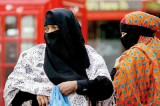 Amidst calls for ban, veil stirs debate in Britain