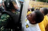 Maldives delay presidential vote amid underpant protests