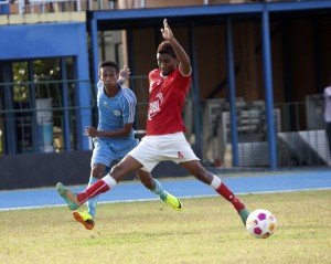 Action from the Air Force vs Matara City match  	            - Pic by Amila Gamage