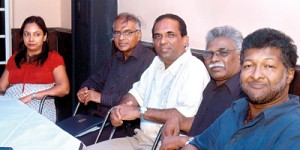 'Sunil Santha Samajaya- Dileesha Galappaththi, (coordinator), Vijith Kumara Senaratne, (Secretary), Lanka Shantha (Chairman), Lloyd Fernando  (Treasurer and Pushpakar Wanniarachchi)