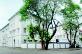 Colombo Medical School gets life support from  alumnus body