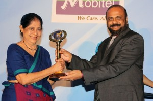 Picture shows co-founder Sita Yahampath receiving  the award.