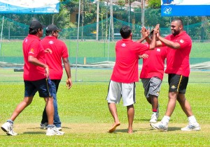 Players of  Colombo Champs celebrating in the finals