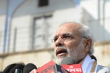 Indians flock to opposition leader Modi as campaign builds steam
