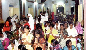 Veneration at an earlier Christmas Eve mass