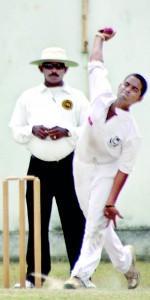 Osura Bulathsinhala (DS) 3 wickets