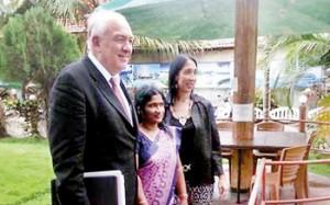 US Ambassador for War Crimes Stephen Rapp and US Ambassador to Sri Lanka Michele Sison with Ananthi Sashitharan in Jaffna.