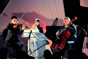 Gabriel, Shani and Valentin performing in Colombo