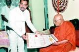 Dr. Azard Uduman honoured by the Amarapura Nikaya