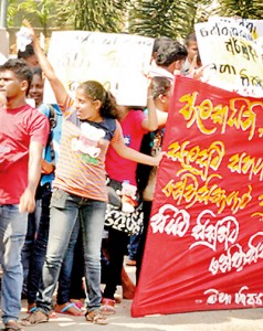Students protest a shortage of hostel facilities provided to female students