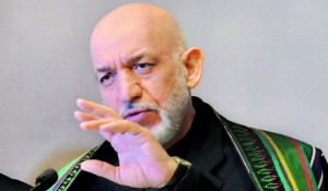 Karzai interacting with journalists in Colombo on Thursday. Pic by  Susantha Liyanawatte