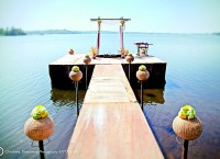 Tranquil lakeside for  adventure or weddings