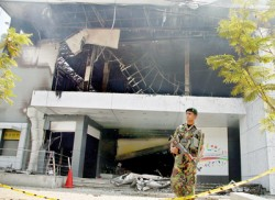 Nolimit building destroyed by fire, Rs. 300 m damage