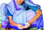 Beedi, cheaper alternative for the 'poor man'