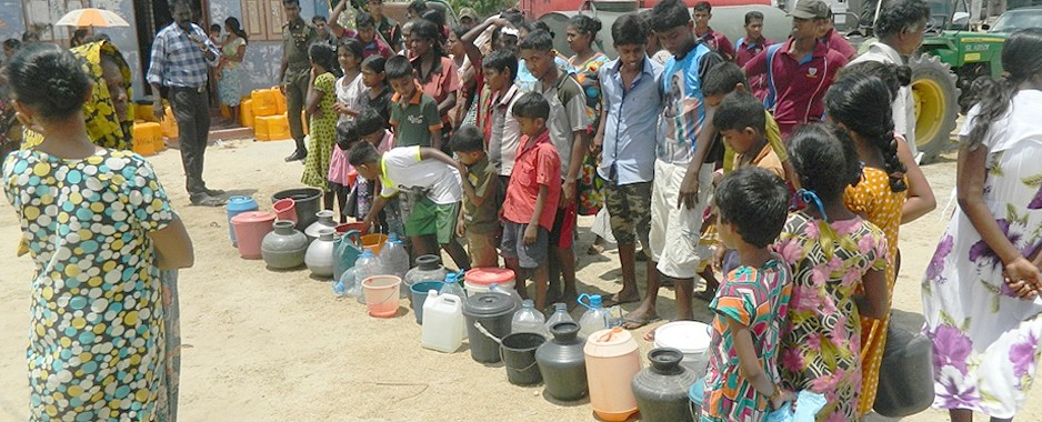 Army provides relief to drought-hit Jaffna