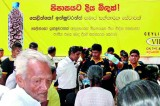 Ceylinco Insurance distributes water to drought-affected Polonnaruwa