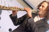 Kenny G, the saxophonist who  doesn't blow his own trumpet