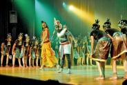 Captivating ballet of an epic battle