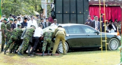 President's car also stuck in the mud