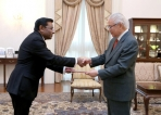 New Sri Lankan High Commissioner to Singapore presents credentials