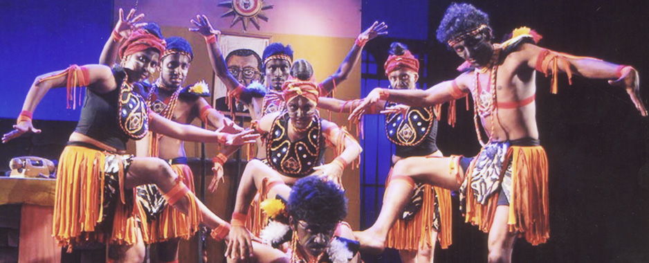 Simon Navagaththegma's play Sudu Saha Kalu Colours at Campus