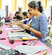 Apparel industry to draw up 5-year plan