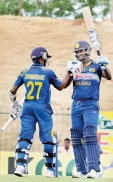Mathews looking to cash in on Mahela's presence